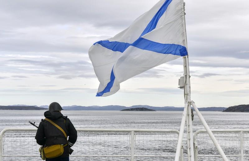 Минобороны впервые назвало имя одного из погибших подводников