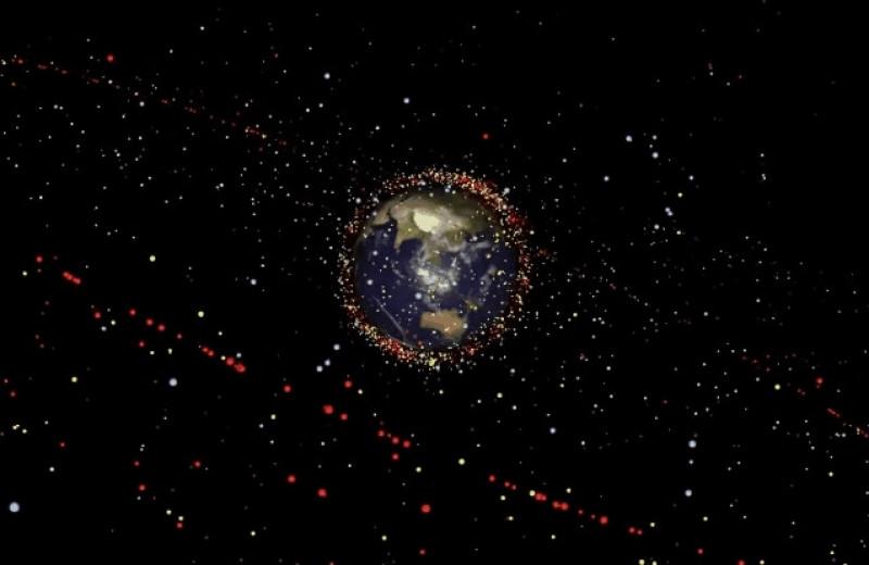 Проблема космического мусора усугубляется из-за взрывоопасных веществ на орбите Земли