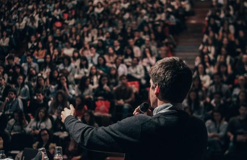 Улучшение дикции: 9 советов, как стать настоящим оратором