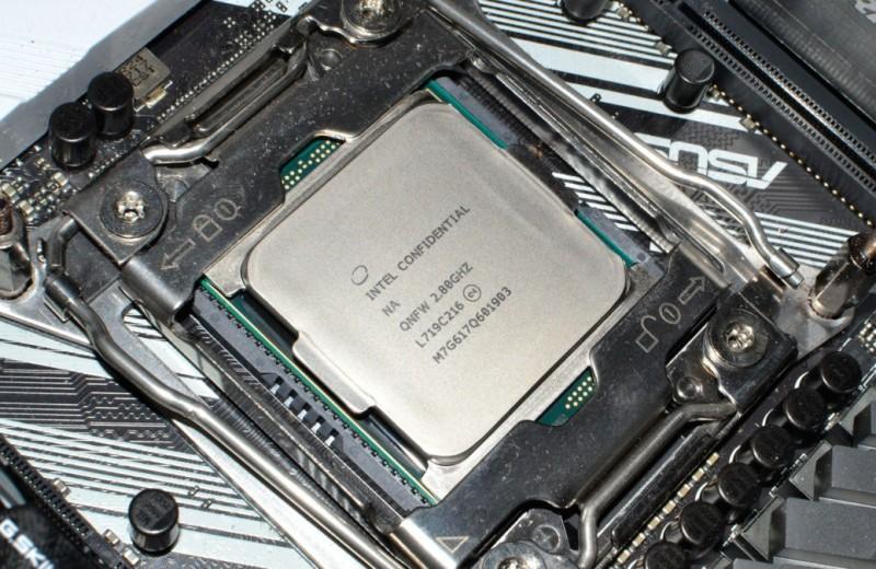 Intel Core i9-7960X: 16 ядер достаточно?