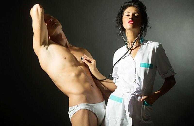 «Сексуальная медсестра»: всё, что тебе понадобится для ролевой игры в доктора