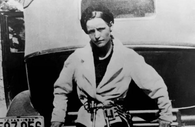 Бонни и Клайд: история любви и смерти самого известного преступного дуэта в мире