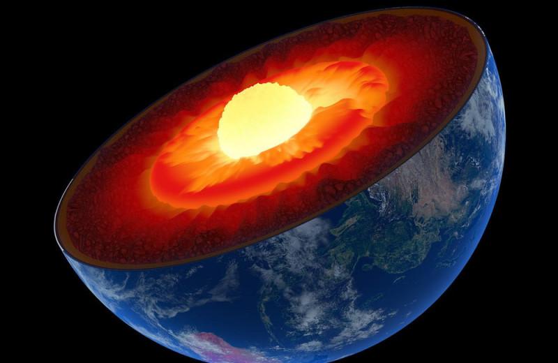 Внутри ядра Земли найдены признаки еще одной структуры