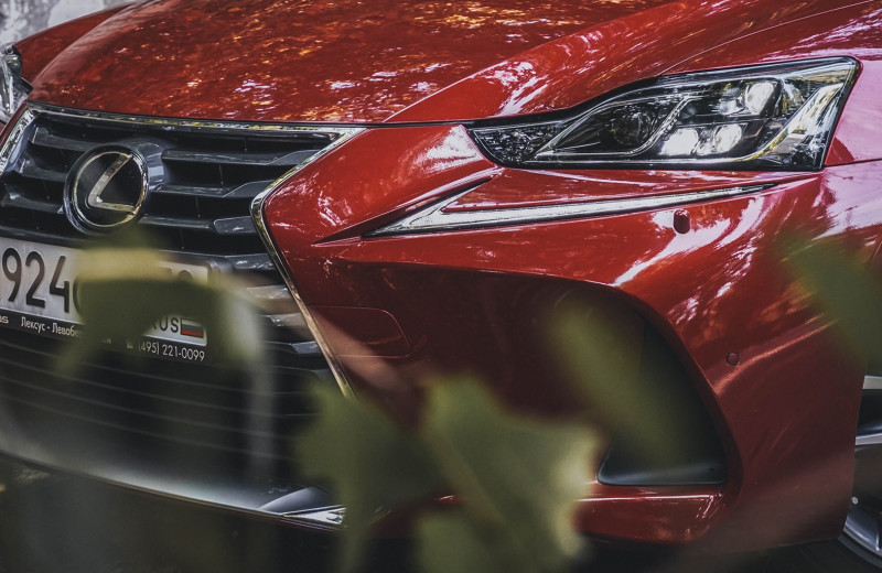 Входной билет: тест Lexus IS 300