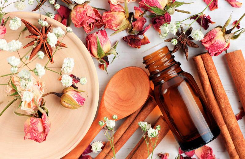 Ароматные лайфхаки: как сделать эфирное масло в домашних условиях
