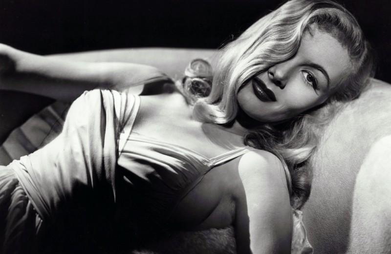Их хотела вся Америка: 13 самых горячих актрис классического Голливуда