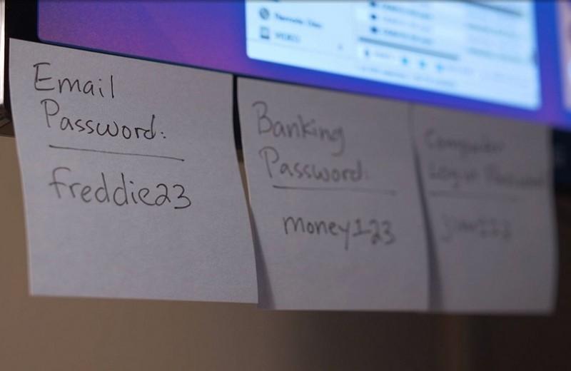 Почему нельзя регулярно менять пароли к интернет-аккаунтам: рекомендации экспертов и софт
