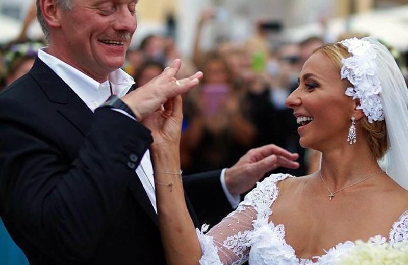 Платье за миллион и старинный замок: самые роскошные свадьбы чиновников