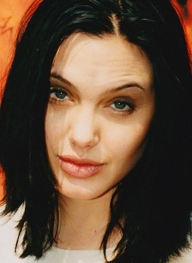 Они могли умереть! Звезды, поборовшие наркозависимость – Джоли, Эминем и другие