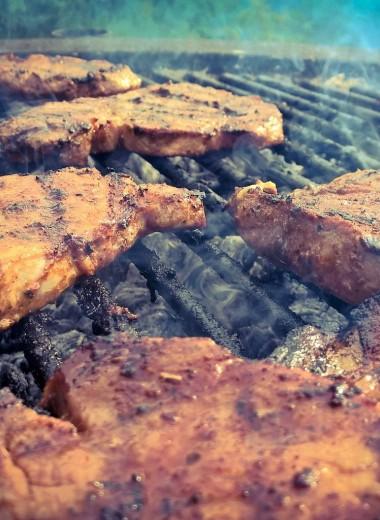 6 мифов о стейках, из-за которых можно испортить хорошее мясо