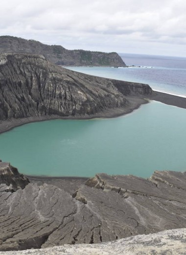 Новый остров в Тихом океане: первые исследования