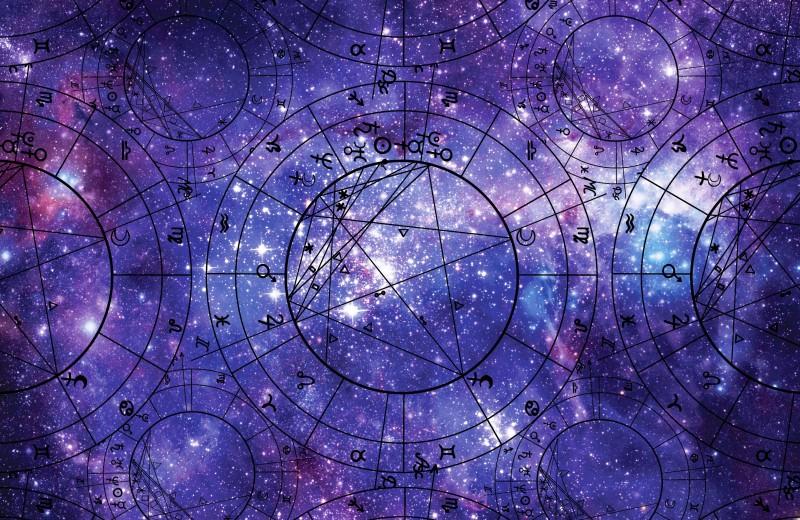 Почему многие успешные люди снова увлеклись астрологией