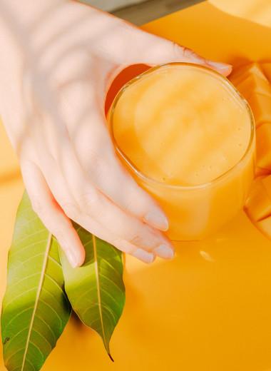 Йогурт, манго, ежевика: 12 полезных продуктов для красоты и здоровья