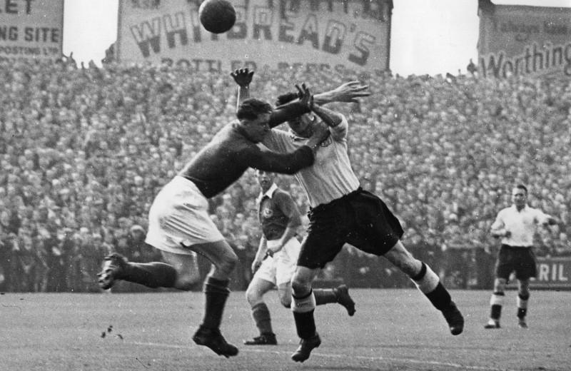 Трагедия бразильцев, кумиры детства Пеле и зарождение Лиги чемпионов: каким футбол был в 1950-е годы