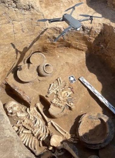 Российские археологи обнаружили погребение знатного воина черняховской культуры