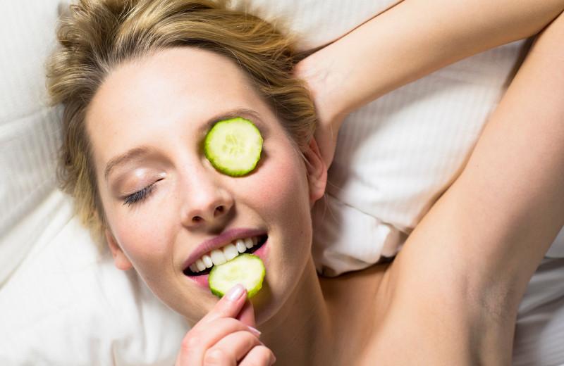 Не делай так: 5 привычек, из-за которых твое лицо стареет