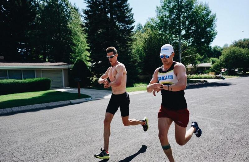 «При правильной технике бег не опасен ни для коленей, ни для поясницы»: главное из разговора со спортивным врачом