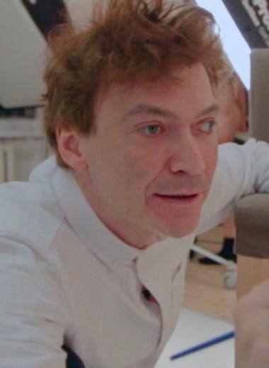 «Реальности не существует»: режиссер Евгений Митта снял одиссею Павла Пепперштейна