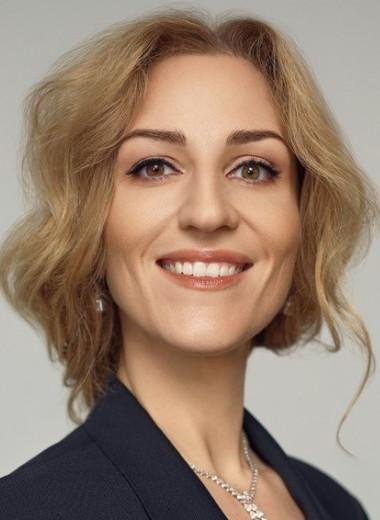 «Не все в этой жизни про деньги»: банкир Татьяна Орлова — о продаже семейного дела после смерти отца, рисках акционера и борьбе с мужчинами