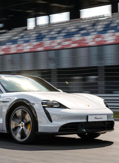 Porsche Taycan Cross Turismo: добро с рюкзаками