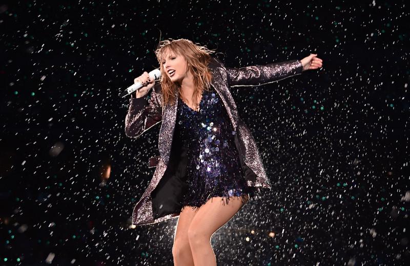 Почему Тейлор Свифт — самая успешная певица современности