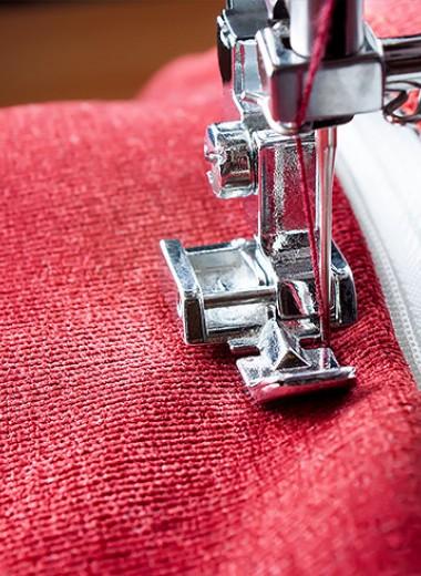 Лайфхаки для рукодельниц: как вшить молнию на одежде