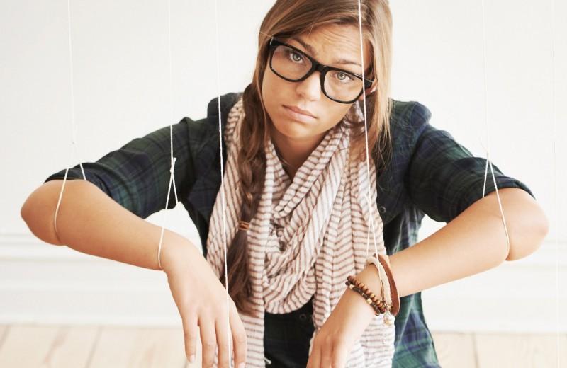 Тобой манипулируют! 10 грязных приемов, которые ты должна знать