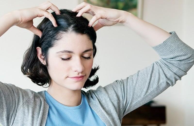 Полезный и приятный: массаж головы для роста волос в домашних условиях