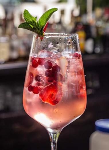 9 алкогольных коктейлей, которые стоит попробовать хотя бы раз в жизни