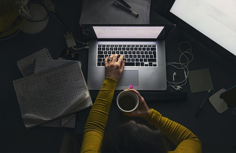 Учить, чтобы заработать: зачем бизнес вкладывается в образование