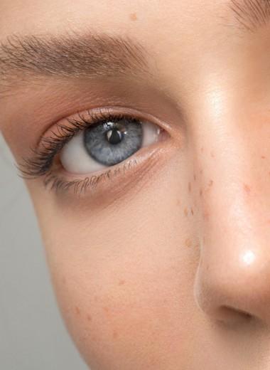 Больше крема — лучше? 10 самых распространенных ошибок в уходе за кожей