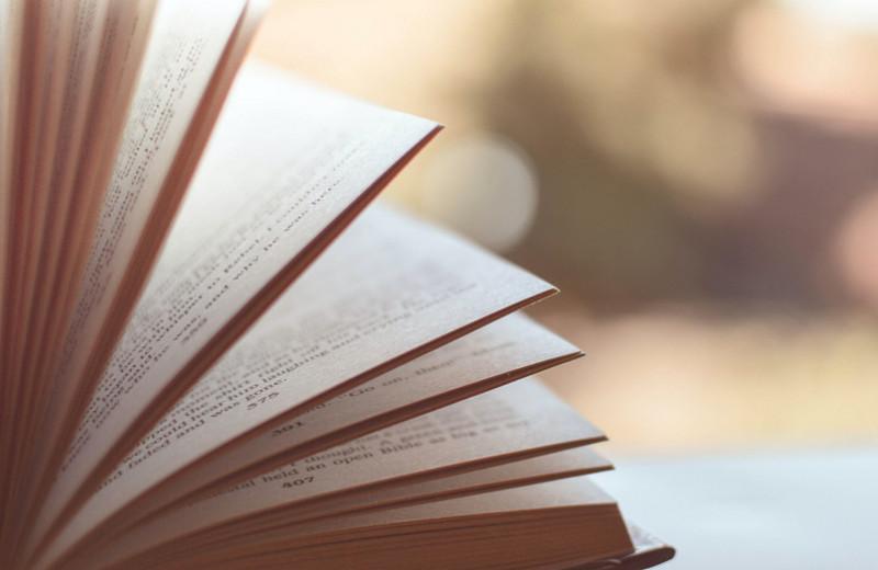 От«Коралины» до«Американских богов»: лучшие книги Нила Геймана