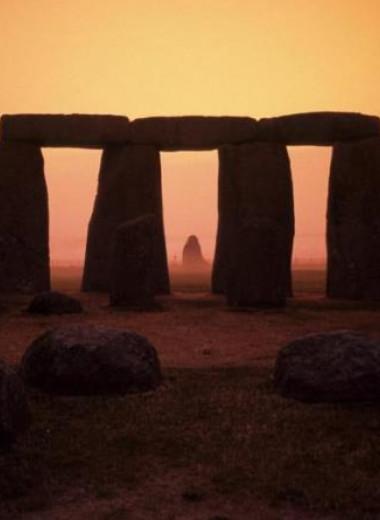 Рядом со Стоунхенджем нашли неолитические могилы и мастерскую бронзового века