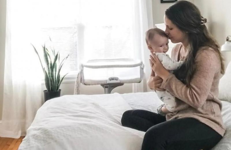 У женщины отобрали приемную дочь, но она все же смогла стать мамой… трижды