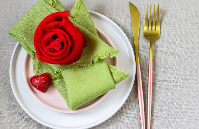 Лён да лён кругом: как отмечать льняную свадьбу и какие подарки дарить