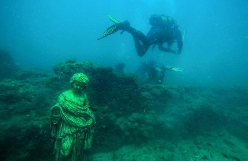 Дайвинг на античных руинах: необычный подводный музей в Италии