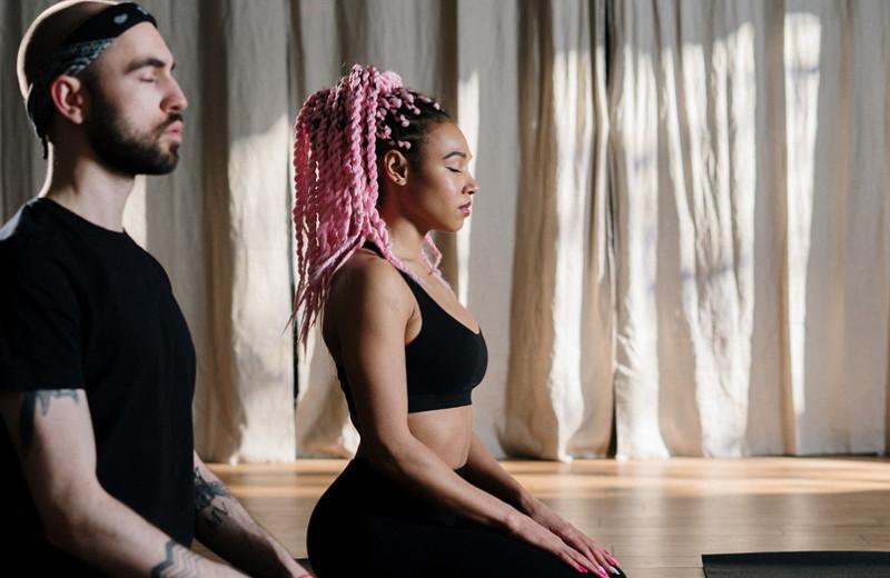 Когда мозг не может помолчать: 7 лайфхаков, облегчающих медитацию