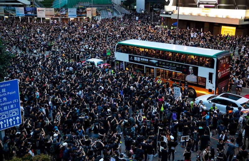 Гонконг не хочет жить по-поднебесному