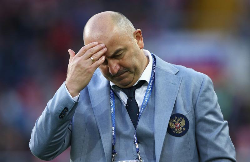 Как Станислав Черчесов превратился из героя чемпионата мира в одного из главных злодеев российского футбола