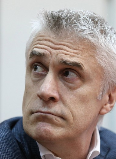 Калви попросит следствие разрешить ему участвовать в Петербургском форуме