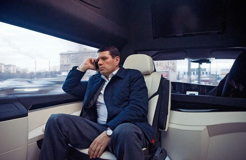 «Я все чаще езжу на метро». Правила бизнеса Александра Светакова