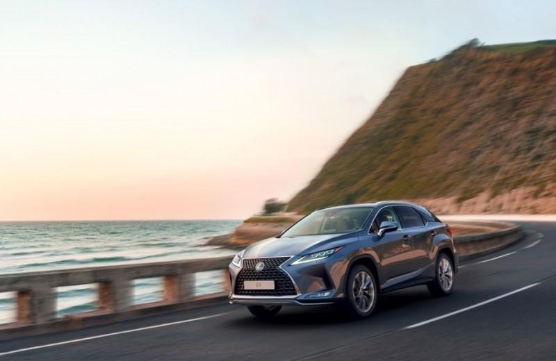 Кроссовер Lexus RX стал самым продаваемым премиум-автомобилем в 2019 году
