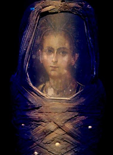 Художник фаюмского портрета состарил умершего мальчика