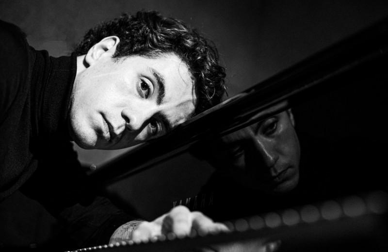 Пианист Константин Емельянов — о Чайковском, прокрастинации и тишине