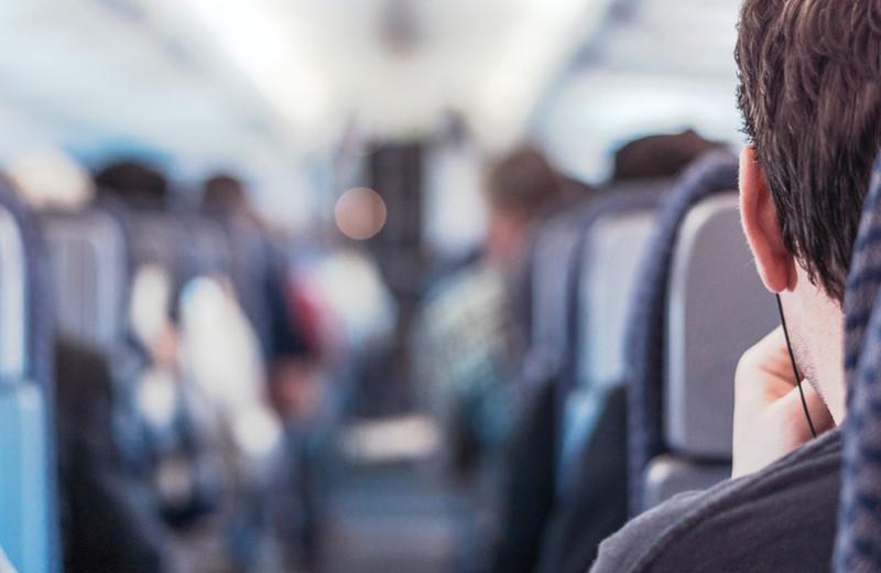 Как перестать бояться летать насамолете: 7способов избавиться отаэрофобии