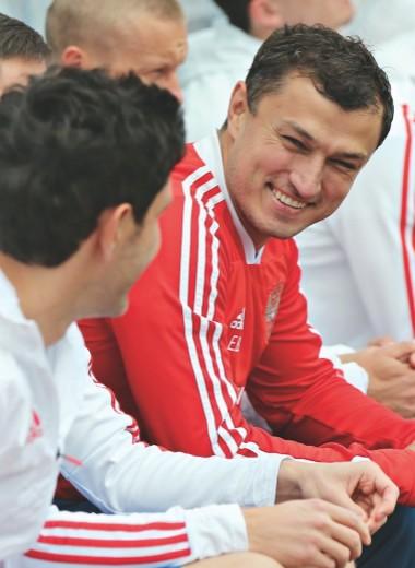 Главврач сборной по футболу — о новой спортивной медицине и донорстве костного мозга