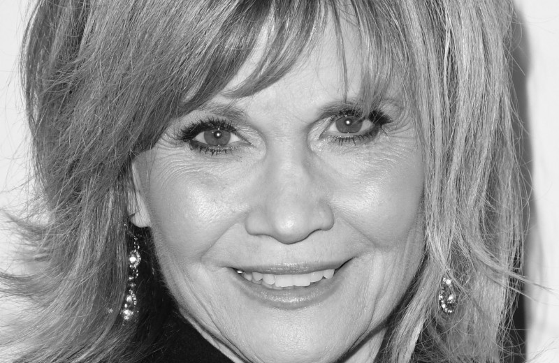 «Я раздавлена»: умерла от рака звезда сериала «Клиника» Марки Пост