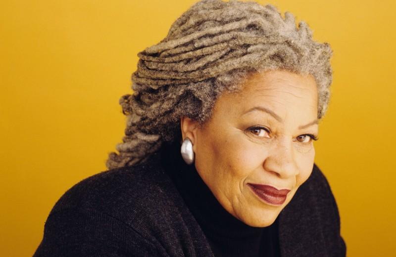 Тони Моррисон — писательница, которой удалось стереть черту, разделявшую литературу на«белую» и«черную»