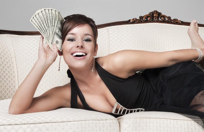 Как понять, что девушка обойдется тебе дорого: 10 признаков