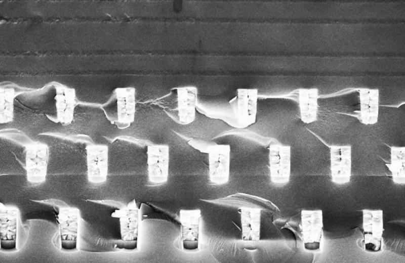 Фотонный кристалл позволил создать источник сверхпланковского излучения